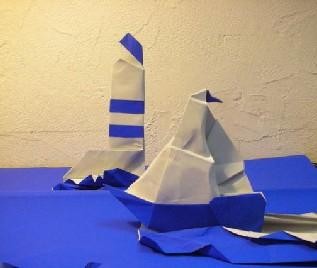 Quelques Creations Phare Mis En Scene Avec Le Bateau De Francesco Miglionico Galerie De Plis